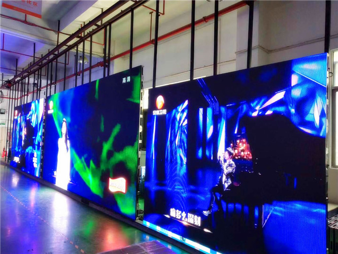 Interactive LED Floor HD P2.5  P3 P3.91 P4.81 For Rental , Programmable Moving Message LED Display