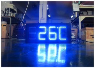 China Double Sides Blue Gas Station LED Signs IR 10M RF 100M With Poos , LED Temperature Display supplier