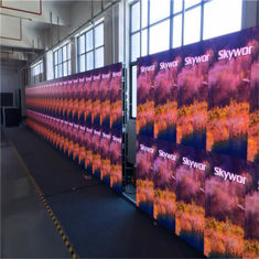 China Outdoor Led Video Wall Rental Full Color P10 P8 P6 6500cd/sqm Brightness For Stage supplier