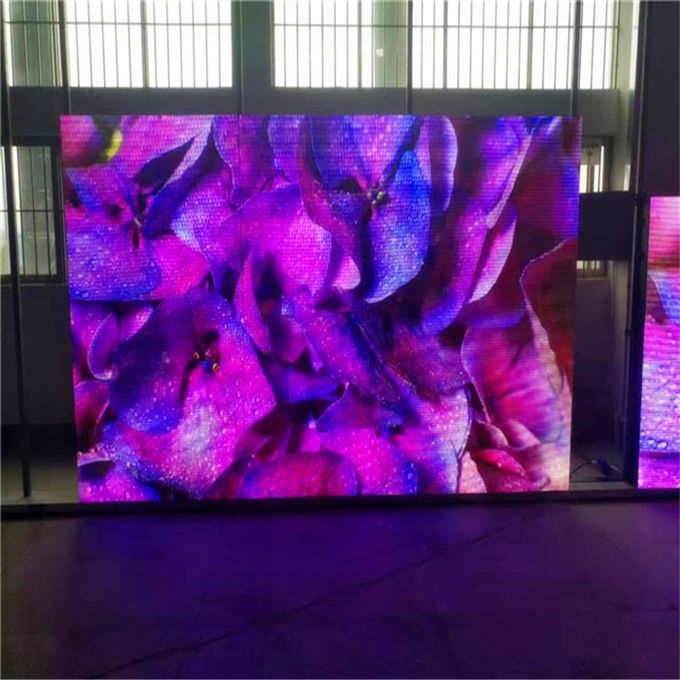 Indoor Ture Color P2.5 LED Video Wall Panels Electronic Front Service 1 / 32 Scanning